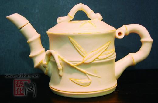 创意茶具酒瓶展新姿图片