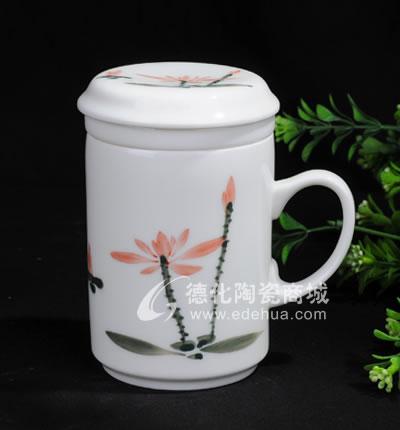 手绘荷花长城杯/德化陶瓷/陶瓷杯子/水杯