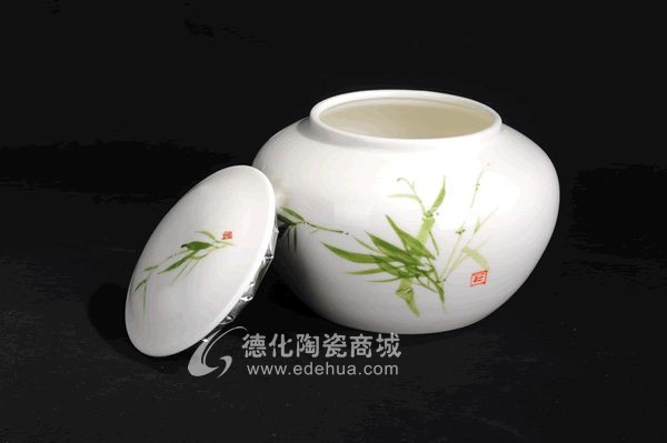 手绘茶叶罐