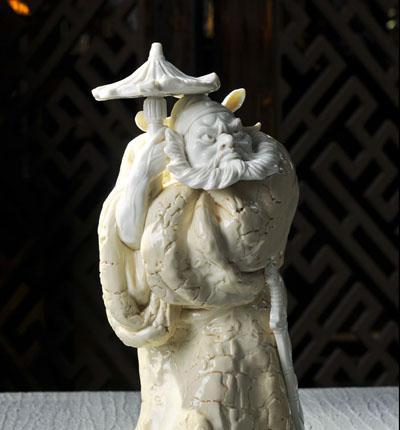 钟馗赶路,定做批发,人物瓷塑,工艺陶瓷--德化陶瓷商城