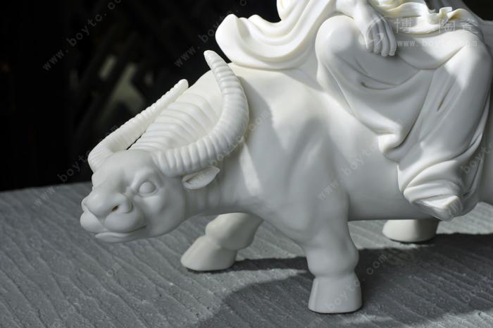 中国陶瓷艺术大师—苏献忠作品 老子出关 德化白瓷历史人物动物牛雕塑