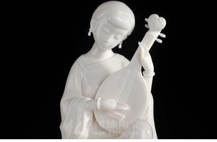 古典美女仕女摆件德化 陶瓷人物雕塑琵琶 荷塘月色办公家居礼品